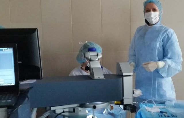 Операция на гзазах при близорукости (коррекция миопии)